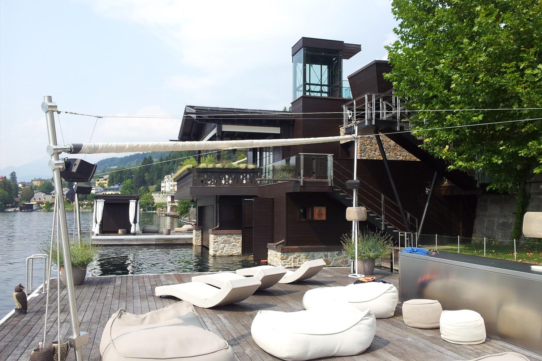 Privathaus Schwimminsel Metallbauarbeiten - Österreich